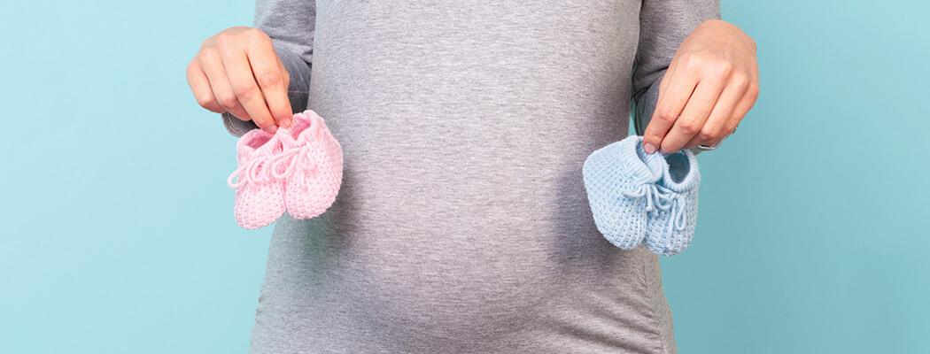 Gravidez de múltiplos: o que é diferente para quem espera mais de um bebê ao mesmo tempo